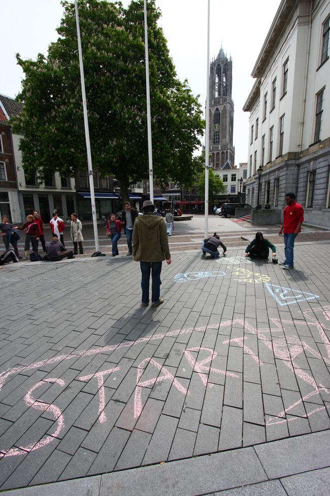 Arie Langerak Spelen op Straat Ganzenmarkt Utrecht 02