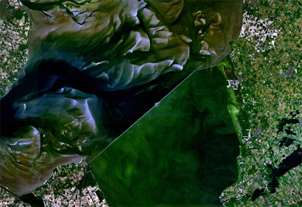 afsluitdijk satellite view